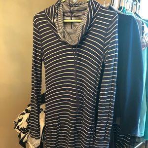 Navy Tommy Bahama reversible dress